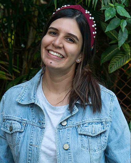 Laura Balvin | Diseñadora<br></noscript><img class=