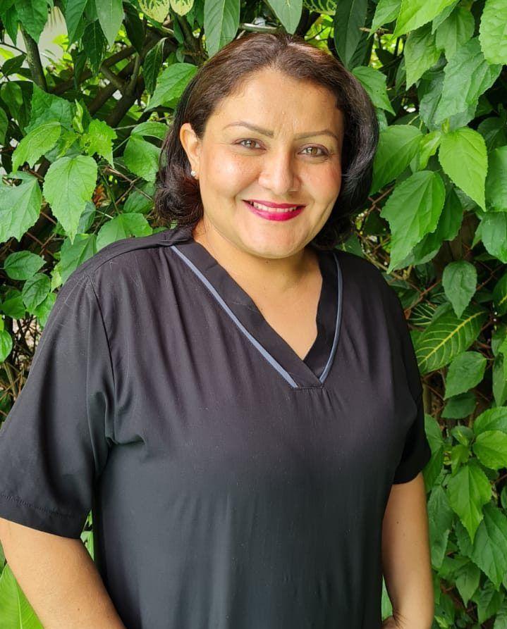 Kira Silva   Auxiliar <br> Servicios Generales